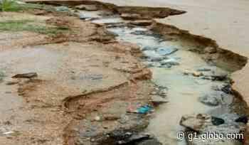 Após chuva, buraco se forma em rua de Sorocaba e causa transtornos aos moradores - G1
