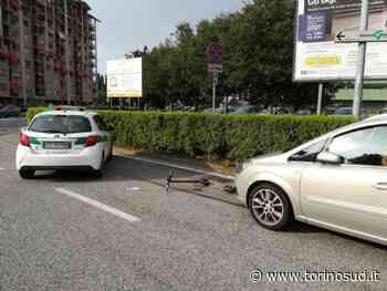 NICHELINO - Incidente tra auto e monopattino nella rotatoria Delle Alpi - TorinoSud