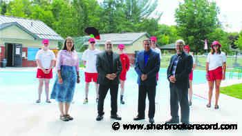"Centennial ""beach pool"" now open - Sherbrooke Record"