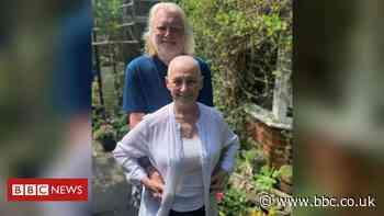 Coronavirus: Cancer patient survives Covid-19 'double whammy'