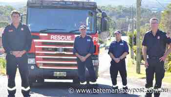 Watch Batemans Bay Fire and Rescue drive through fire zone | VIDEO - Bay Post/Moruya Examiner