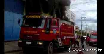 Incêndio em fábrica de calçados em Nova Serrana mobiliza bombeiros - Estado de Minas