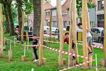 """Omstreden speelplein in Meetjeslandstraat weer open: """"Tweede... (Hoboken) - Het Nieuwsblad"""