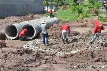 No bairro Novo Horizonte, Prefeitura de Macapá faz serviço de drenagem para pavimentação - Prefeitura Municipal - Prefeitura de Macapá