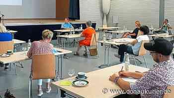 Wolnzach: Die unendliche Weite der Paragraphen - Markt organisiert Baurechtsseminar mit Matthias Simon vom Gemeindetag - Zahlreiche Gemeinderäte nehmen teil - donaukurier.de
