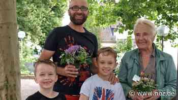 Meller finden 60 Blumengrüße in der Innenstadt – und dürfen sie behalten - Neue Osnabrücker Zeitung