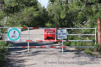 Town keeps River Valley Wilderness Park gate closed - Macleod Gazette Online