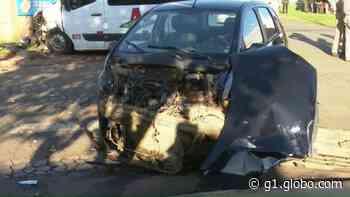 Acidente entre carro e van mata pedestre, em Ponta Grossa - G1