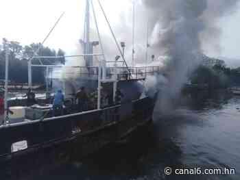 Última Hora: Se incendia embarcación en Ceiba, Atlántida - canal6.com.hn