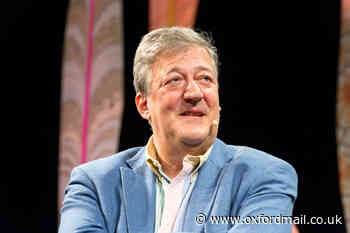 Stephen Fry to play virtual show at EMPTY Oxford Playhouse