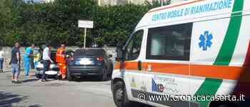 Aversa. Non si ferma allo stop e travolge un'auto, un ferito. FOTO - Cronacacaserta.it