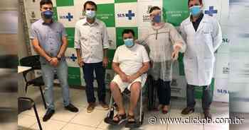 Prefeito de Soledade recebe alta hospitalar após 22 dias internado em tratamento da covid-19 - ClickPB