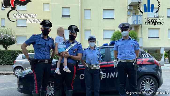 Carpi. Si perde a 4 anni per strada, cercava mamma bloccata in ascensore - La Gazzetta di Modena