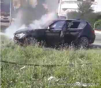 Carpi, auto distrutta dalle fiamme | Modenaindiretta - modenaindiretta.it