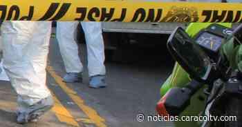 Muere hombre tras recibir disparo durante procedimiento de policías para hacer cumplir cuarentena - Noticias Caracol