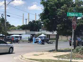 Motorcycle hits car on Cedar Street near Tisdale Avenue - WILX-TV