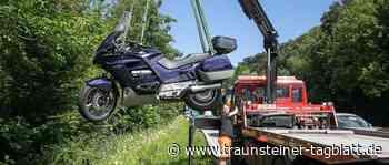 Siegsdorf: Unfall beim Abbiegen auf B306 – Motorradfahrer verletzt - Traunsteiner Tagblatt