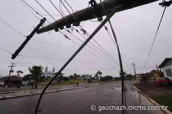 Rio Grande do Sul ainda tem 154 mil clientes sem luz após ciclone-bomba - GauchaZH