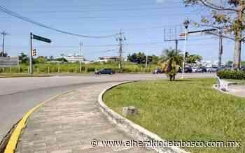 Parado, distribuidor vial de Guayabal - El Heraldo de Tabasco