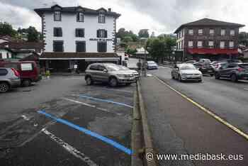 Plus de stationnement en zone bleue à Saint-Jean-Pied-de-Port - mediabask.eus