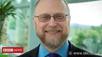 Phil Evans: Briton to take top weather satellite agency job - BBC News