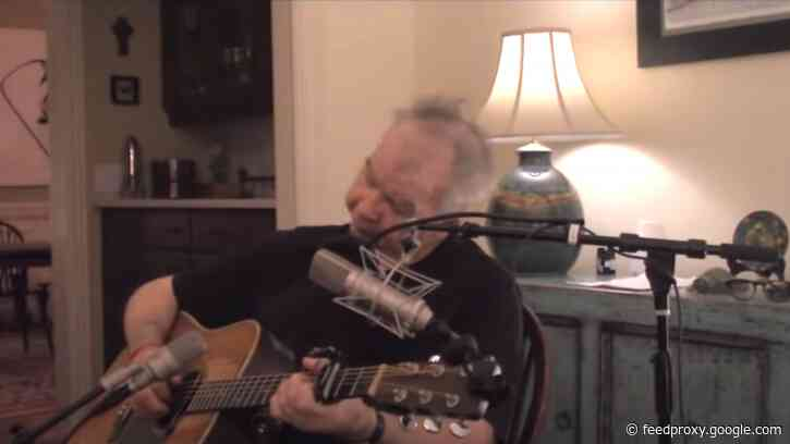 """John Prine's Last Song Was Also His First to Go No. 1: Watch Him Perform """"I Remember Everything"""""""