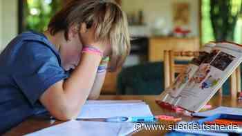 Studie: Homeschooling belastet Eltern-Kind-Beziehungen - Süddeutsche Zeitung