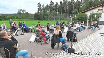 Niedereschach: Probe mit Maßband und Zollstock - Niedereschach - Schwarzwälder Bote