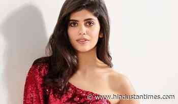 Sanjana Sanghi clarifies she is not quitting Bollywood, says 'absolutely nothing to worry about' - Hindustan Times