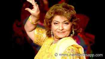 "RIP Saroj Khan: Bollywood mourns demise of its beloved ""Masterji"" - NewsBytes"