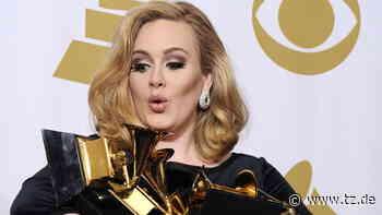 Adele holt nach Mega-Diät altes Bühnen-Outfit raus - Ihre Fans sind entzückt - tz.de