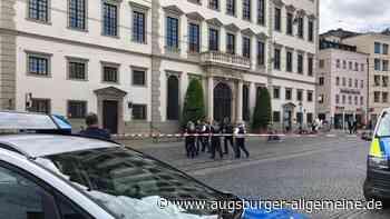Bombendrohung: Großeinsatz am Augsburger Rathaus