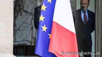 Kabinettsumbildung erwartet: Frankreichs Regierung tritt zurück