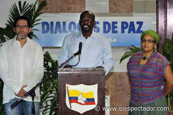 """""""Nos están poniendo una lápida en el pecho"""": Pablo Atrato del partido FARC - Cromos"""