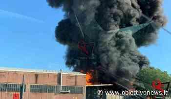 SETTIMO TORINESE – Grosso incendio nel capannone di un'azienda in strada Cebrosa (FOTO) - ObiettivoNews