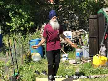 Harlington's skipping Sikh in special appearance at Ansell Garden Centre
