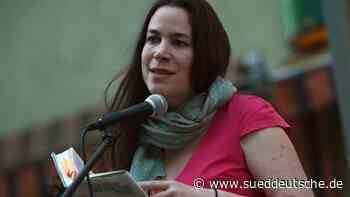 Ulla Lenze erhält Niederrheinischen Literaturpreis - Süddeutsche Zeitung