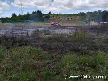 Los bomberos de Ponferrada intervienen en un incendio forestal en San Andrés de Montejos - Infobierzo.com
