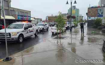 RCMP respond to incident on Yellowknife's Franklin Avenue - Cabin Radio