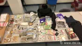 Peel police arrest man on gun, drug charges, seize 1,000 bullets