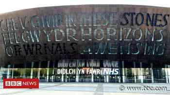 Coronavirus: Welsh arts reopening 'not on immediate horizon at all' - BBC News