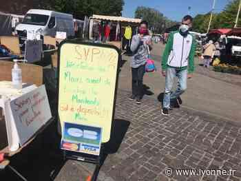 Les commerçants installés à l'extérieur du marché de Joigny sont de retour - L'Yonne Républicaine
