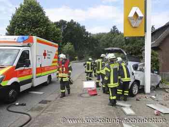 21 Jähriger wurde in Buxtehude-Hedendorf schwer verletzt: Auto gestohlen, kein Führerschein und Unfall gebaut - Buxtehude - Kreiszeitung Wochenblatt