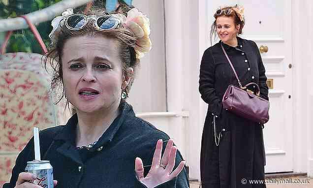 Helena Bonham Carter enjoys a shopping trip with a friend - Daily Mail