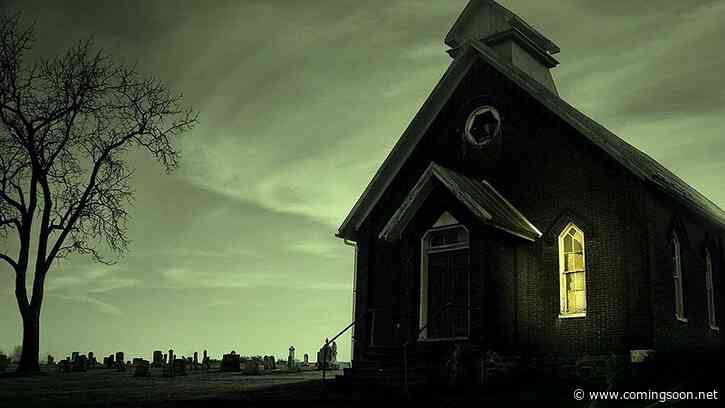 Revival: Mike Flanagan Offers Update on His New Stephen King Film