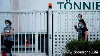 Tönnies-Fabrik bleibt bis 17. Juli dicht.