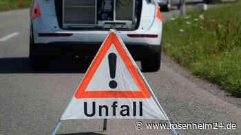 Radfahrer von Sattelzug überrollt - Ursache für Unfall unbekannt