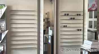 Segrate Centro, maxi furto di occhiali da sole nella notte all'Ottica Pally - Giornale di Segrate - Giornale di Segrate