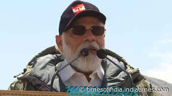 PM Narendra Modi hails women soldiers in Leh