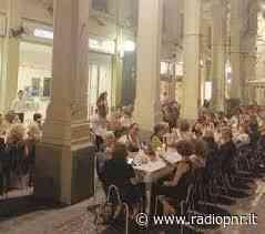 Tortona - Negozi aperti e aperitivi in centro città questa sera - RadioPNR
